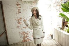 Turtle Neck Long Sleeve Sweater Dress/Ivory/S