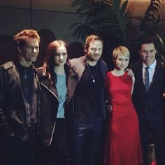 Kevin Bacon, Jessica Stroup, Shawn Ashmore, Valorie Curry & Sam Underwood
