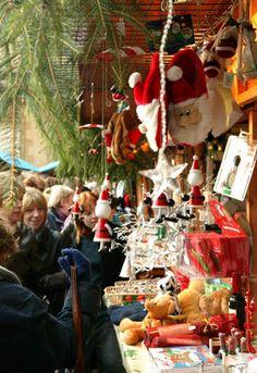CHRISTMAS MARKETS, ENGLAND