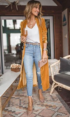 Is it cold in here? Keep sunny along with selection of cardigan cardigans for girls. Casual Chic, Style Casual, Mode Outfits, Fall Outfits, Fashion Outfits, Summer Outfits, Black Girl Fashion, Work Fashion, Business Casual Outfits