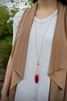 Wine Stone Pendant Necklace – The ZigZag Stripe. Use coupon code ZZS72 to save 10%, and shipping is FREE! zigzagstripe.com