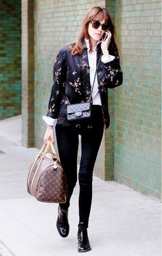 Alexa Chung's vintage Chanel Flap Bag is just the kind of thing a girl who likes to be hands free needs // #celebritystyle