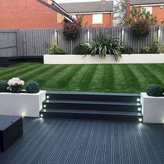 40 Fabulous Modern Garden Designs Ideas For Front Yard and Backyard Back Garden Landscaping, Backyard Patio Designs, Landscaping Ideas, Modern Landscaping, Backyard Garden Ideas, Garden Fences, Garden Bar, Garden Cottage, Garden Signs