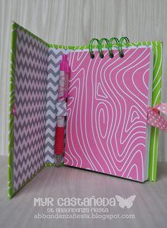 Decorate Notebook, Diy Notebook, Notebook Covers, Binder Covers, Diy And Crafts, Paper Crafts, Mini Binder, Desk Organization Diy, Mini Albums Scrap