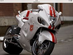 Futuristic Motorcycle, Suzuki Motorcycle, Moto Bike, Motorcycle Helmets, Custom Hayabusa, Custom Sport Bikes, Suzuki Hayabusa, Speed Bike, Cool Motorcycles