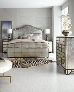 -788R Hooker Furniture Visage Eglomise Mirrored Panel Bed California King Visage Eglomise Mirrored Panel Bed King Bedroom Sets, Bedroom Wall, Bedroom Decor, Bedrooms, Master Bedroom, Mirrored Bedroom Furniture, Hooker Furniture, Headboard And Footboard, Headboards For Beds