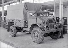Chevy, Chevrolet, Old Lorries, Bus Coach, Army Vehicles, Commercial Vehicle, British Army, Skin So Soft, Old Trucks