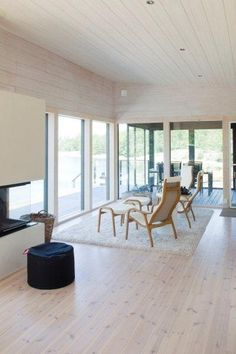 Modern Finnish summerhouse l Avotakka House Inspiration, Cottage Inspiration, House Interior, Summer House Inspiration, Summer Home Decor, Home, Log Homes, Home Deco, House Blueprints