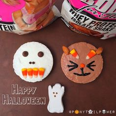 ❝To get in the spirit this morning, I made two very scary (not scary) rice cakes with protein frosting in vanilla & chocolate. Play with your food. Very Scary, Rice Cakes, Cake Toppings, Best Breakfast, Frosting, Protein, Vanilla, Spirit, Play