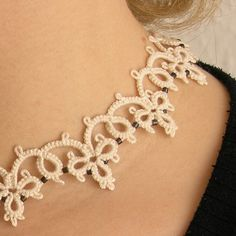 Victoria tatted necklace by Szigami, via Flickr