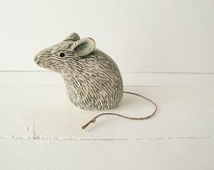 Clay Mouse Animal Sculpture Handmade Ceramic Art by Iktomi on Etsy Pottery Animals, Ceramic Animals, Clay Animals, Pottery Sculpture, Sculpture Clay, Ceramics Projects, Clay Projects, Ceramic Clay, Ceramic Pottery