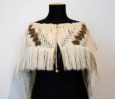 Erin Rauna Kura Gallery Maori Art Design New Zealand Aotearoa Weaving Muka Cloak Whai Matauranga Tanekaha Manuka Dye Pheasant Feathers Flax Weaving, Weaving Art, Basket Weaving, Maori Designs, Weaving Designs, Weaving Patterns, Fashion Today, Fashion Art, Fashion Design