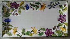 Violeta B Pintado a mano 2016 Hand Painted Plates, Hand Painted Ceramics, Porcelain Ceramics, Ceramic Pottery, Pottery Painting, Ceramic Painting, Ceramic Art, Mexican Paintings, Glass Painting Designs