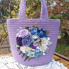 編み屋*しゅしゅ♪大人なガーデン☆YUWAパープルローズ☆レース_1 Crochet Handbags, Crochet Purses, Crochet Bags, Crochet Flower Patterns, Crochet Flowers, Diy Crafts Knitting, Crochet Backpack, Photo Pattern, Crochet Leaves