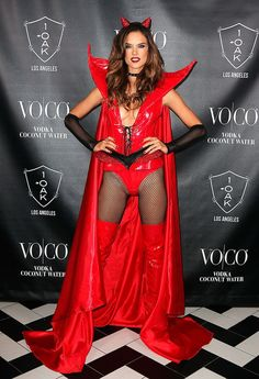 Alessandra Ambrosio attends 'Alessandra Ambrosio's Heaven and Hell Halloween Party' presented By VOCO at on October 2015 in West Hollywood, California. Alessandra Ambrosio, Hot Halloween Costumes, Halloween Kostüm, Rio Grande Do Sul, Blake Lovely, Elite Model, Actrices Sexy, Victoria Secret Fashion Show, Sexy Hot Girls