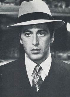hollywood actor You can see 20 incredible monochrome pictures of Al Pacino, back in the days when he was young. Al Pacino suddenly jumped to popularity, as he was a part of some cold-b Hollywood Actor, Vintage Hollywood, Classic Hollywood, Hollywood Actresses, Charles Bronson, John Charles, George Hurrell, Actors Male, Young Actors