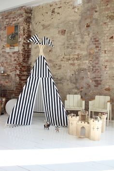 Black + White stripe teepee by Moozlehome teepee tents. kidsteepeetent.comShot on location in Amsterdam here... http://www.engelvoelkers.com/nl/amsterdam/amsterdam-west/bijzonder-sfeervol-huis-met-industrieel-karakter-w-020sub-3396611.1065055_exp/?startIndex=0&businessArea&q&facets=bsnssr%3Aresidential%3Bcntry%3Anetherlands%3Bdstrct%3Aamsterdam%3Blcncr%3Aamsterdam_west%3Bobjcttyp%3Acondo%3Brgn%3Anoord_holland%3Btyp%3Abuy%3B&pageSize=10&language=nl&elang=nl
