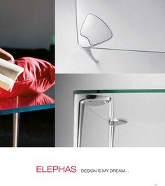 En tus espacios disfruta de mesas cómodas.