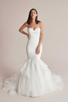 Bridal Dresses, Wedding Gowns, Satin Mermaid Wedding Dress, Wedding Dress Silhouette, Trumpet Gown, Wedding Dress Pictures, Dress Out, Ball Gowns, Ruffle Skirt