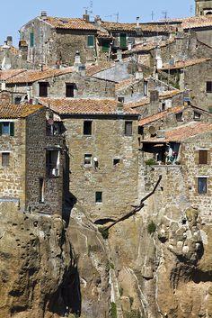 Pitigliano, Toscane, Italy - #Yamadu for your vacation rental in Italy https://www.yamadu.it