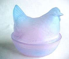 Frosted Glass Hen on Nest. Lavender pink and aqua blue glass hen or chicken ...    glasschalet.com