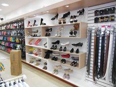 healthy living catalog by amerimark catalog online order store Prop Design, Rack Design, Shelf Design, Shoe Store Design, Retail Store Design, Boutique Decor, Shoe Boutique, Shoe Display, Stationary Design