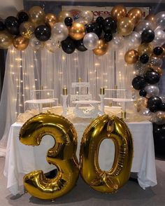 Birthday Party Table Decorations, Birthday Party Tables, Birthday Backdrop, Balloon Decorations Party, Graduation Party Decor, Gold Birthday, Happy Birthday, Birthday Goals, Gold Party