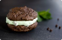 thin mint whoopie pies