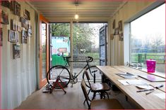 Shipping Container Home Office Shipping Container Workshop, Shipping Container Sheds, Shipping Container Conversions, Shipping Containers, Shipping Container Interior, Interior Simple, Office Interior Design, Office Interiors, Backyard Office