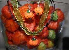 Kudin mukana: Polymeerimassa. Polymer clay pumpkins