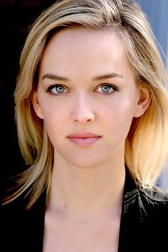 Jess Weixler Is Comedy's Next Big Thing