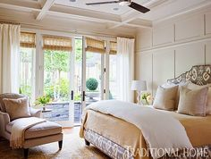 Bedroom - Mix and Chic: Home tour- A casually chic California ranch! Estilo California, California Home Decor, California Bungalow, California Homes, California Style, Ranch Style Homes, Beautiful Bedrooms, Beautiful Homes, Traditional House