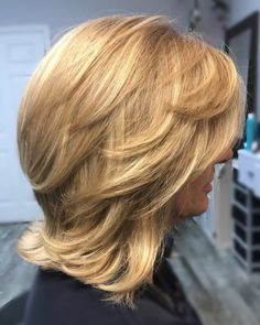 26 Chic Examples of a Layered Bob With Bangs