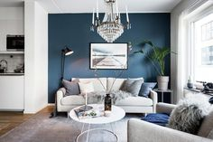 Blue inspiration - Decoration For Home New Living Room, Living Room Interior, Living Room Decor, Blue Chandelier, Living Comedor, Living Room Flooring, Blue Walls, Living Room Designs, Interior Design