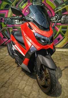 Yamaha Nmax Red