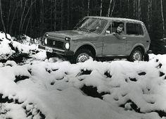 Ladalla lunta päin. Mobilia.