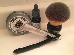 Oscar's Oil Signature pre-shave, Bronson Speedway tallow shaving soap, Ralf Aust straight razor and Stirling 26mm 'Kong' synthetic shaving brush.