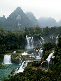 Detian Falls, China - It is currently the 4th largest waterfall along a national border, after Iguazu Falls, Victoria Falls, and Niagara Falls and was one of the crossing points for China's army during the brief Sino-Vietnamese War. Nearby there is the Tongling Gorge accessible only through a cavern from an adjoining gorge. Rediscovered only recently - Exquisite Planet
