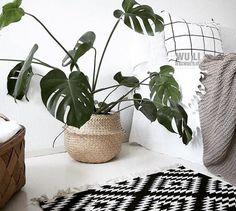 Folding Flower Pot Straw Storage Baskets Vase Hanging Storage Containers Garden Planter Organization