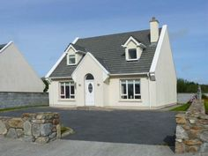 17 Bruach na Mara - Modern holiday cottage in Carna village, near to coast in County Galway. Ground floor bedroom with en-suite. Open Fires, Ground Floor, Shed, Cottage, Houses, Outdoor Structures, Homes, Cottages, Cabin