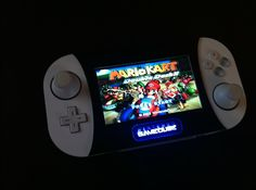 Another sleek looking Gamecube portable, dubbed the Gamecube SD. Video Game Companies, Cheese Pancakes, Raspberry Pi Projects, Nintendo Switch Games, Retro Gamer, Game Room Decor, Retro Video Games, Gaming Accessories, Gamer Gifts