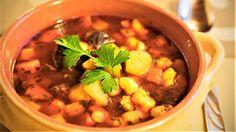 Gulasj er som regel en suppe eller gryte med oksekjøtt, men kan altså lages helt uten. Bare prøv denne superenkle oppskriften.