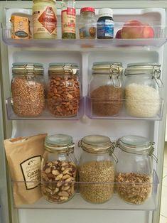 15 tips para almacenar y conservar la comida fresca Jar Gifts, Food Gifts, Sweet Night, Raw Cacao, How To Make Salad, Sin Gluten, Kitchen Hacks, Meal Prep, Food And Drink
