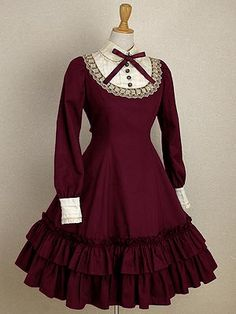Out of all the Japanese Lolita looks out there, my favourite is the Classic Lolita due to its rather understated quality. This dress by Mary Magdalene is a perfect example.