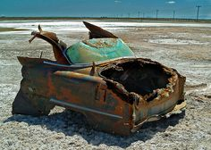 Looks like a rust bomb exploded in the truck area. Abandoned Cars, Abandoned Places, Abandoned Vehicles, Pompe A Essence, Harley Davidson, Rust In Peace, Rusty Cars, Lifted Ford Trucks, Car Ford