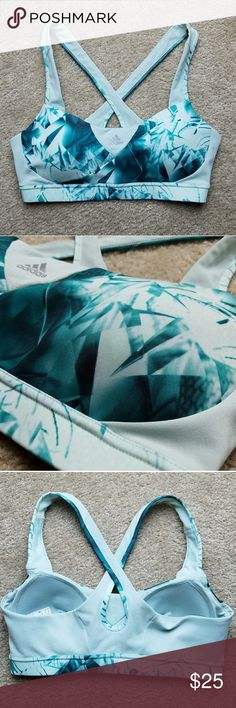 """Adidas Sports Bra Size medium Adidas Supernova Q3 Running Sports Bra """"Vapour green"""" (Shows up blue on camera) Barely worn ; In great condition Pads are sewn in  • Next day shipping  • I ♡ bundles • Smoke & pet free home adidas Intimates & Sleepwear Bras"""