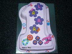 Bolo de aniversário de 1 ano, egy éves szülinapi torta.
