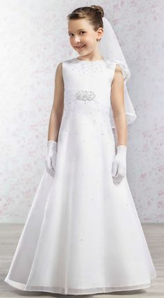 134616f3751 😊😊😊Beautiful dress for First Holy Communion in white organza with round  neckline