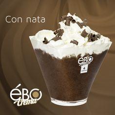 Delicioso Ébo crema sabor chocolate con nata
