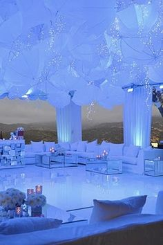 Hoy cubrimos los lounge para bodas. Sofisticados 76afd67a4d8